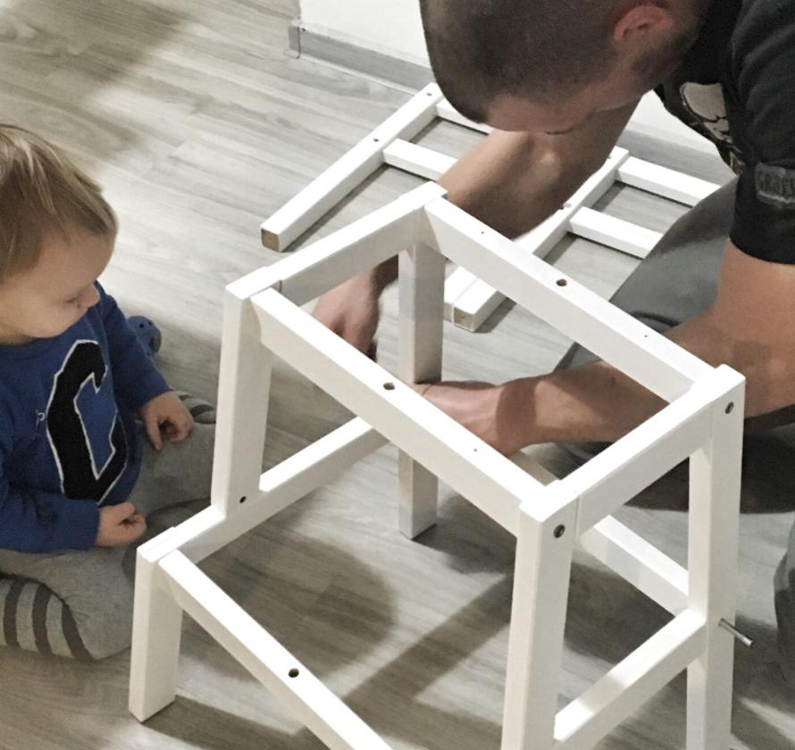 Postavte učící věž pro malé pomocníky